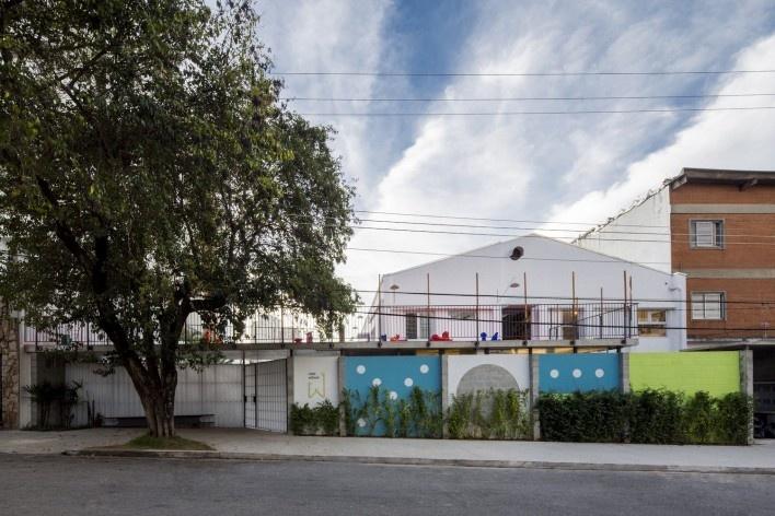 Wish School, São Paulo SP Brasil, 2016. Architects Alexandre Gervásio, Erico Botteselli, Lucas Thomé and Pedro de Bona / Grupo Garoa Arquitetos Associados<br />Foto/Photo Pedro Napolitano Prata
