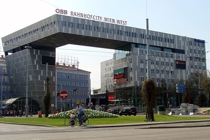 Estação do Oeste (Westbahnhof)<br />Foto Márcio C. Campos