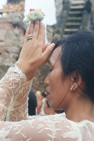 Ritual budista, Lombok, Indonésia<br />Foto Fabricio Fernandes