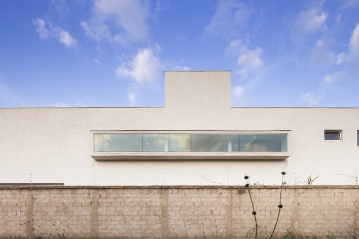 Casa vale do sol, abertura lateral. Marcos Franchini<br />foto Gabriel Castro