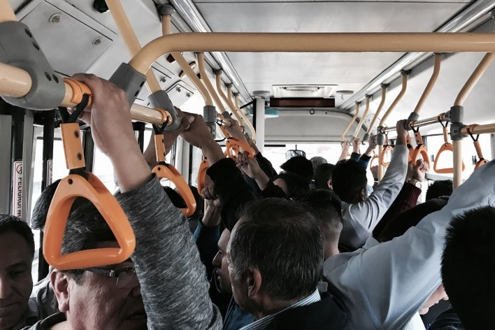 """Corredor Segregado de Alta Capacidad, nosso BRT, ou """"El Metropolitano de Lima""""<br />Foto José Lira"""