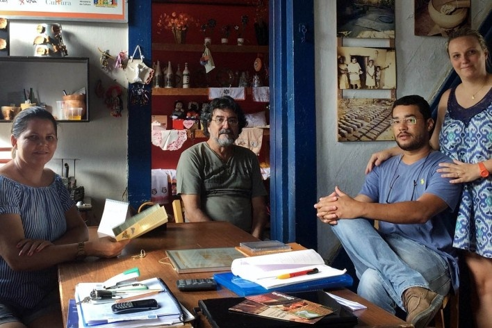 Centro de Artesanato de Januária, Terezinha, Daniel, Lucas e Ana Carolina<br />Foto divulgação
