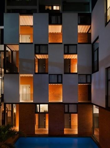 Hostel Villa 25, Rio de Janeiro RJ Brasil, 2016. Arquitetos Rodrigo Calvino e Diego Portas / C+P Arquitetura<br />Foto Federico Cairoli