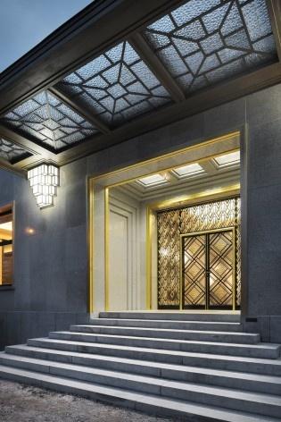 Vista da entrada principal da Villa<br />Foto Georges de Kinder  [Ma²  - Metzger and Partners Architecture]