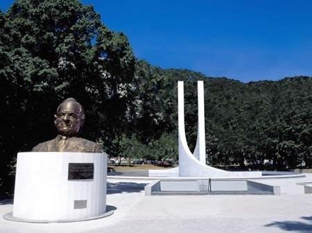 Memorial Getúlio Vargas. Monumento e busto<br />Foto de Kadu Niemeyer