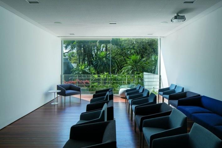 Instituto Ling, Porto Alegre RS Brasil, 2014. Arquiteto Isay Weinfeld (autor)<br />Foto / photo Leonardo Finotti