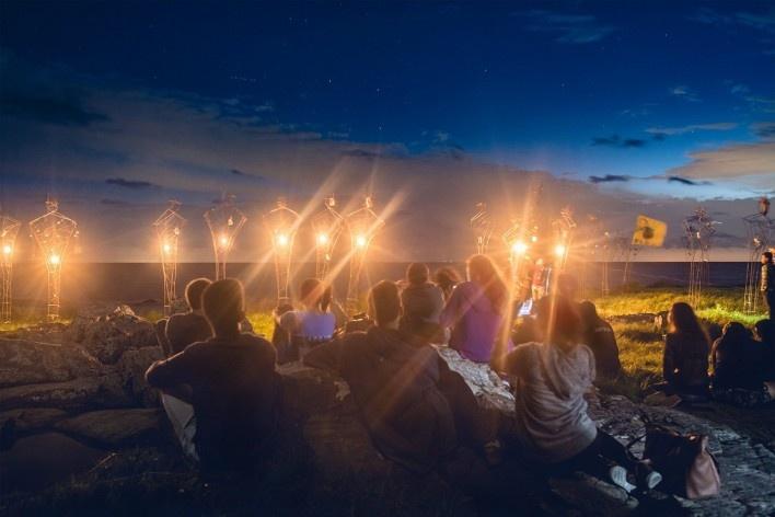 Memorial aos migrantes, Elea 2018, Colônia do Sacramento, Uruguai. Coletivo Arrabal<br />Foto Eleazar Cuadros