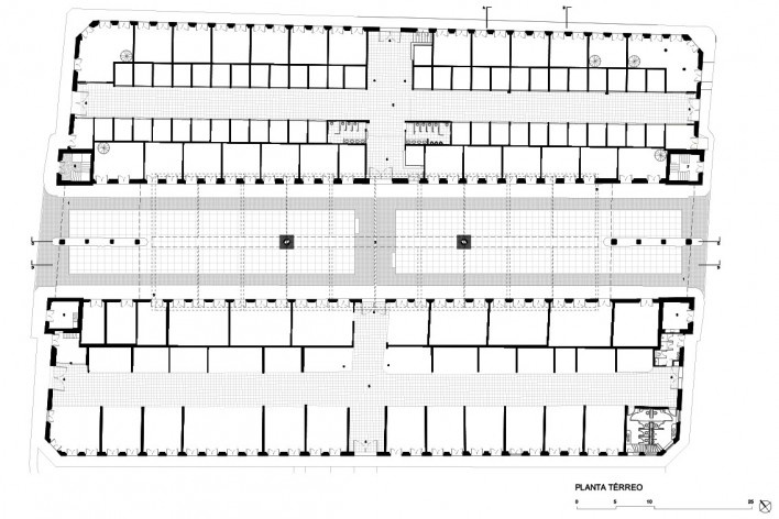 Cobertura do Mercado Público de Florianópolis, planta térreo, 2016. Arquitetos Gustavo Correia Utrabo e Pedro Lass Duschenes<br />Imagem divulgação