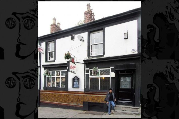 Ye Cracke na Rice Street nº 13. Pub predileto de Lennon, Cynthia e Stuart Stutcliffe e depois frequentado por todos da banda. Um pub já funcionava no local no século XIX<br />Foto Victor Hugo Mori