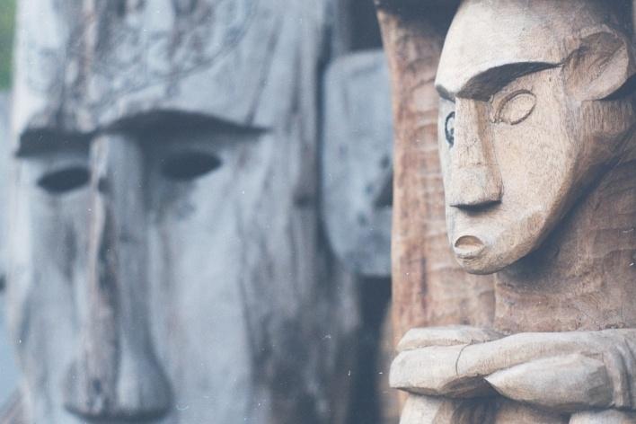 Escultura em madeira, Bali, Indonésia<br />Foto Fabricio Fernandes