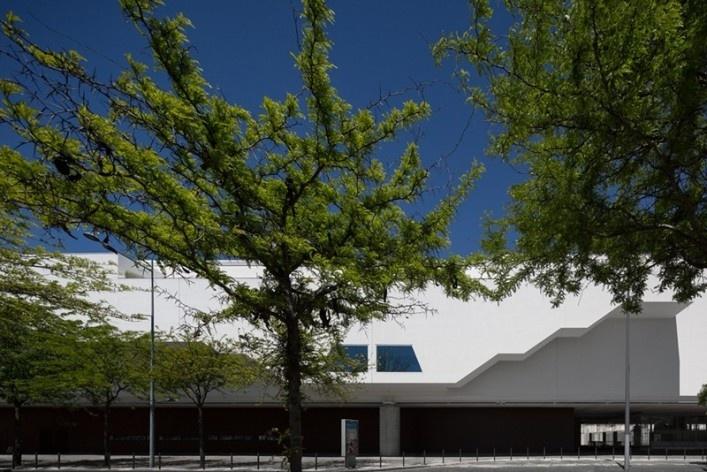 Museu Nacional dos Coches, pavilhão principal, Lisboa. Arquiteto Paulo Mendes da Rocha, MMBB arquitetos e Bak Gordon arquitetos<br />Foto Fernando Guerra  [FG+SG Architectural Photography]