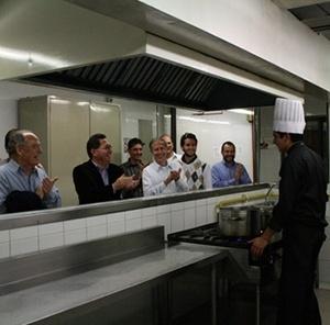 Cozinha industrial da Universidade<br />Fotos Abilio Guerra e Silvana Romano Santos