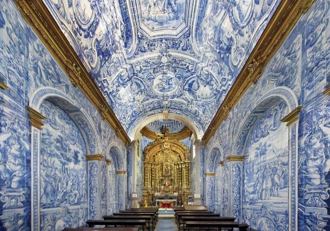 Igreja de São Lourenço em Almancil, Algarve, Portugal<br />Fotomontagem Victor Hugo Mori, 2017