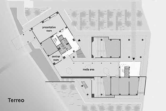 Escola de Administração, planta térreo, Josai International University, Saitama-ken, Japão, 2003-2006, Studio Sumo<br />Imagem divulgação  [Studio Sumo]