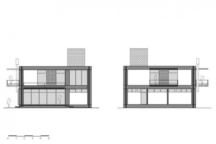 Casa D, elevações leste e oeste, Praia Alegre, Penha SC Brasil, 2014. Arquiteto Pablo José Vailatti / PJV Arquitetura<br />Imagem divulgação  [PJV Arquitetura]