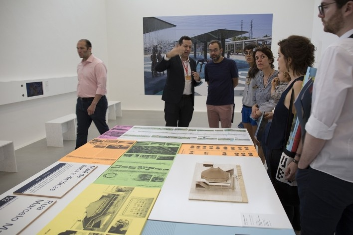 Washington Fajardo, curador, apresenta mostra brasileira<br />Foto Flavio Coddou