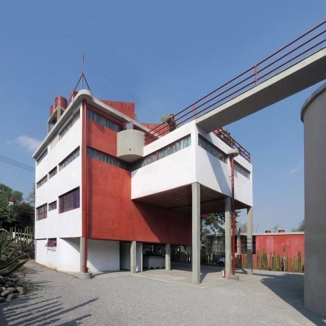 Casa-estúdio de Diego Rivera, ponte de comunicação, 1931. Arquiteto Juan O'Gorman<br />Foto Victor Hugo Mori