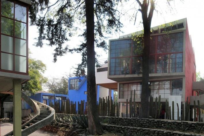 Casas-estúdio de Frida Kahlo e Diego Rivera, 1931. Vista a partir da casa-estúdio de Juan O'Gorman, autor dos três projetos<br />Foto Victor Hugo Mori