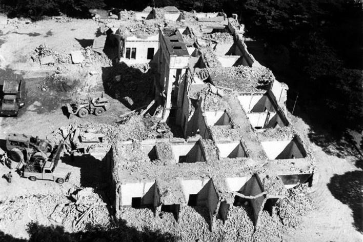Hotel Francano demolido, 1981<br />Foto Maria Marta R. A. Silveira