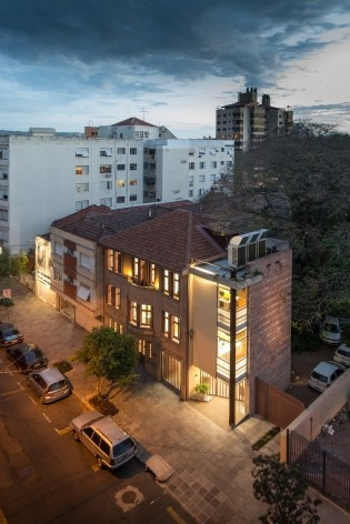 Casa Lutzenberger, vista aérea. Reforma Kiefer arquitetos