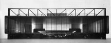 Proposta para o Teatro nacional de Mannheim, maquete original. Ludwig Mies van der Rohe, 1953The Mannheim Theatre Project, original model sent to germany. Mies van der Rohe, 1953 [designisfine.org]