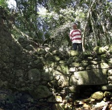 As ruínas do Sítio do Morro