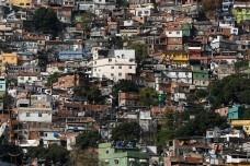 Crescimento das favelas cariocas, Shopping Chão, Indisciplinas Urbanísticas e Cidade Oculta, tudo junto e misturado