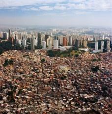 Alternativas urbanas sob a ótica da reflexão crítica: antiparalisia da ação propositiva