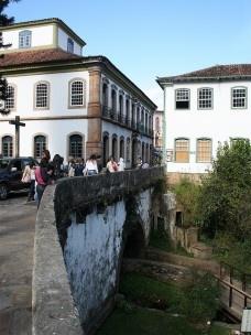A ponte dos Contos em registro recente, Ouro Preto MGFoto Abilio Guerra