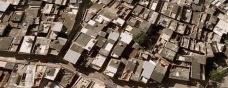 La post-modernidad creando ciudades monótonas en Europa y en Brasil