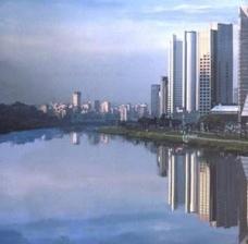 A nuvem financeira e o skyline
