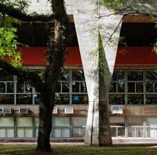Língua portuguesa, literatura brasileira e os lugares do modernismo no Brasil