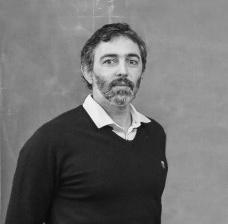 A arte da montagem: técnica e lugar em Andrade Morettin