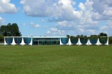 A graça estética da arquitetura de Oscar Niemeyer