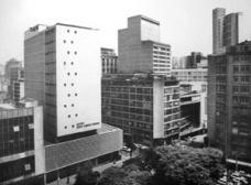 """Oswaldo Bratke e a """"cidade nova"""":"""