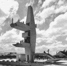 Conjunto Aquático da Associação Portuguesa de Desportos, São Paulo, 1962-1965. Arquitetos João Batista Vilanova Artigas e Carlos CascaldiFoto José Moscardi  [Acervo Vilanova Artigas/FAUUSP]