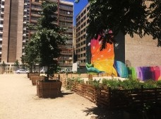 Praças temporárias para ativação de vazios