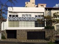 A composição arquitetônica nas residências de Arthur Arcuri