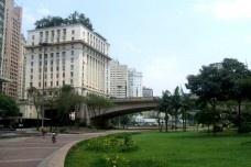 Patrimônio, cidade e política urbana