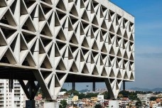 Techné e ofício, literatura para arquitetos