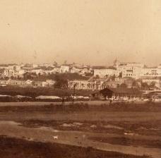 A cidade na colina, a várzea em obras