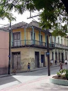 Referentes sociales en la arquitectura actual de las viviendas de la etapa colonial en Santiago de Cuba
