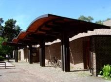 Igrejas para homens: Sigürd Lewerentz em Klippan e Björkhagen