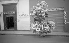 Francis Alÿs. Ambulantes, 1992Francis Alÿs © Francis Alÿs