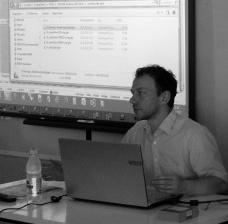 O arquiteto Peter Mehrtens durante workshop na UnicampFoto Gabriela Celani