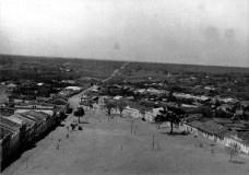 """A """"Rua Grande"""", anos 1930 Fonte: Fotos de Vitória da Conquista [Fotos Vitória da Conquista ]"""