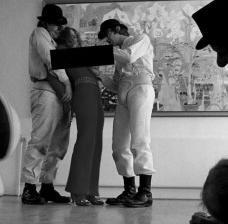 """Fotograma com tarja da censura brasileira do filme """"Laranja mecânica"""" (A Clockwork Orange, 1971), direção de Stanley KubrickFoto divulgação"""