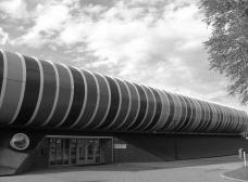 Centro de Esportes Strijp, Eindhoven, 2012, de LIAG Architects, maio 2015Sports Facility Strijp. Eindhoven, May 2015Foto/Photo Maycon Sedrez