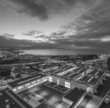 Escola Gaspar Frutuoso, Ribeira Grande, Azores, Portugal, 2016. Arquiteto Carlos Almeida MarquesFoto Fernando Guerra