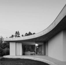 Casa Gloma, Leiria, Portugal, 2019. Arquiteto Bruno Lucas Dias/ Bruno Dias ArquitecturaGloma House, Leiria, Portugal, 2019. Architect Bruno Lucas Dias/ Bruno Dias ArquitecturaFoto/ Photo Hugo Santos Silva
